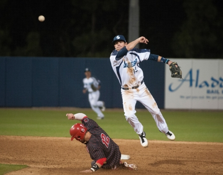 University-of-San-Diego-Baseball-Double-Play-San-Diego,-CA