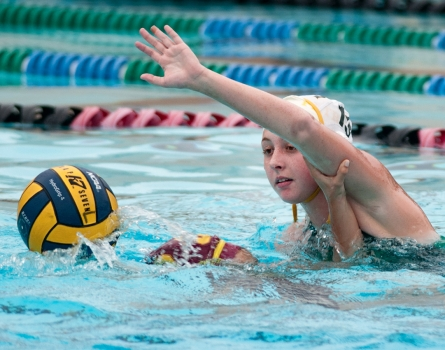 Patrick-Henry-vs-Point-Loma-Water-Polo-San-Diego,-CA