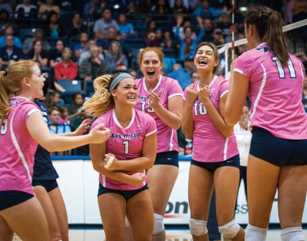 University-of-San-Diego-Volleyball-San-Diego,-CA