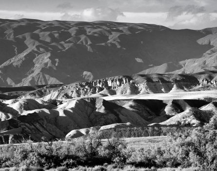Badlands-Death-Valley,-CA
