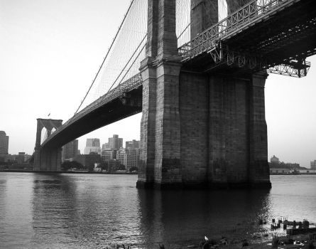 Brooklyn-Bridge-New-York,-NY