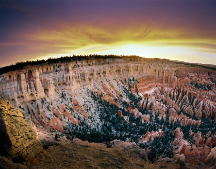 Sunset-Bryce-Canyon,-UT