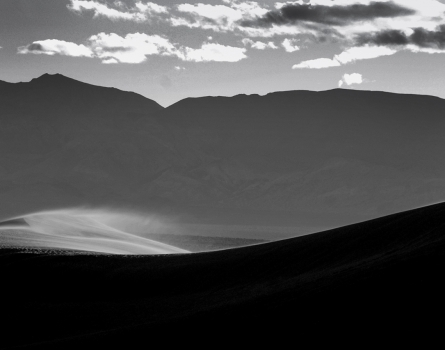 Blowing-Sand-Death-Valley,-CA
