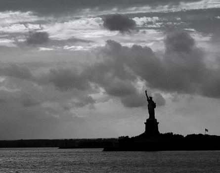 Statue-of-Liberty-Ellis-Island,-NY