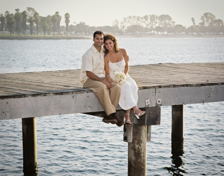 Kahn-Wedding-Pier-San-Diego,-CA